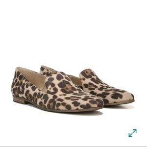 Soul Naturalizer Cheetah Loafer Flat Low heel sz 8